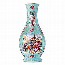 Vase in Chinese porcelain, Qianlong