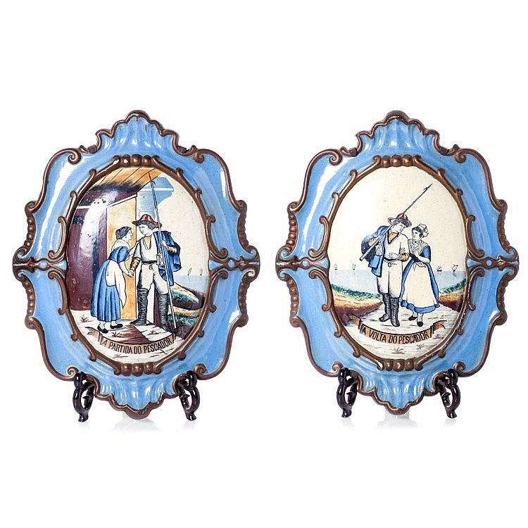 Pair of figurative plaques in faience, 19th century
