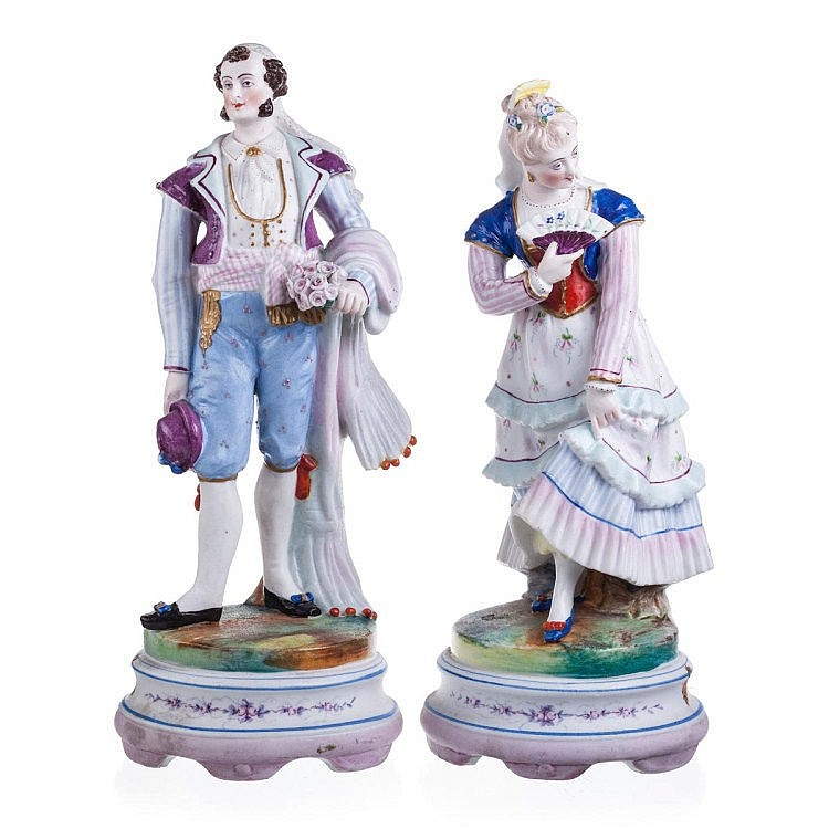 Pair of figures in biscuit