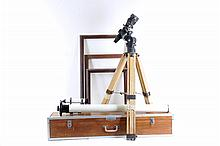 Telescopio. Origen japonés. Marca Astro Optical Ind. Co. Ldt. Modelo Royal, No. de serie 271689.