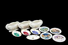 Lote de artículos decorativos. Origen alemán y mexicano. Elaborados en porcelana. Consta de: 3 floreros de diseño vegetal, decorados co