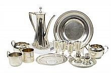 A COLLECTION OF AMERICAN STERLING SILVER ARTICLES 14 pieces total