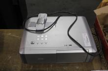 Sanyo Projector w/ Remote