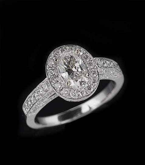 18-Karat White Gold and Diamond Ring