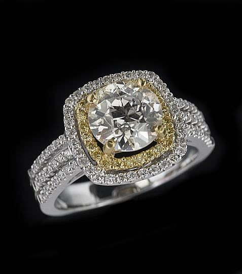 22 & 18 Karat Yellow and White Gold Diamond Ring