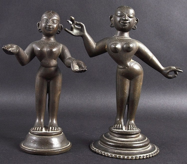 AN 18TH/19TH CENTURY INDIAN BRONZE FIGURE OF A