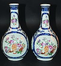 A PAIR OF CHINESE QIANLONG PERIOD UNDERGLAZE-BLUE