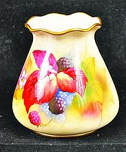 A ROYAL WORCESTER PIE CRUST-RIMMED VASE painted