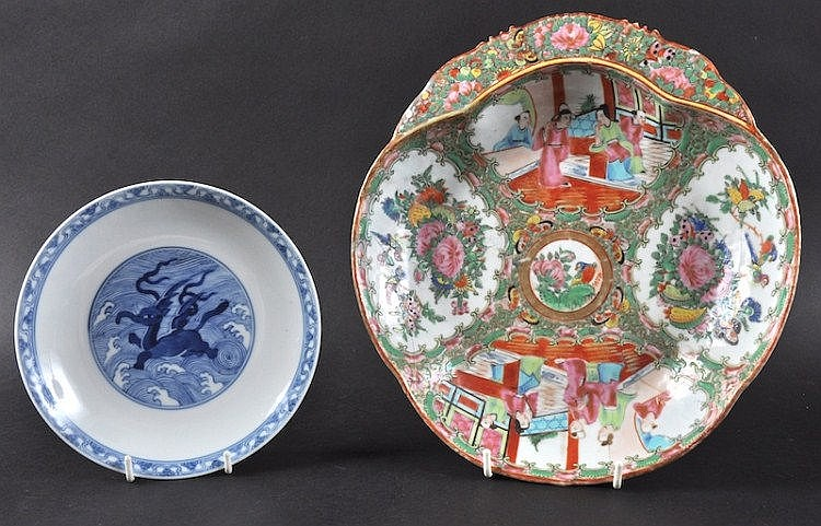 A 19TH CENTURY CHINESE CANTON FAMILLE ROSE LEAF