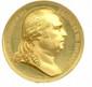 Médaille en or à l'effigie de LOUIS XVIII, roi de France et de Navarre offerte à Paris en 1820  à Melle Joly, 1er prix de l'Ecole d'accouchement. Graveur D. de Puymaurin. (Ø 41mm , 55g) Flan bruni. Superbe.