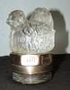 « Le Nid », mascotte en verre signée Le Nid France, haut : 110 mm.