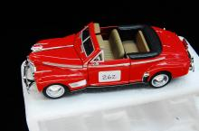 1941 Chevy Deluxe Convertible 1/32 Red Model Car