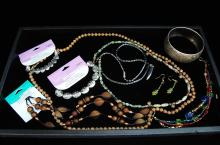 New Fashion Accessories Costume Jewelry Lot