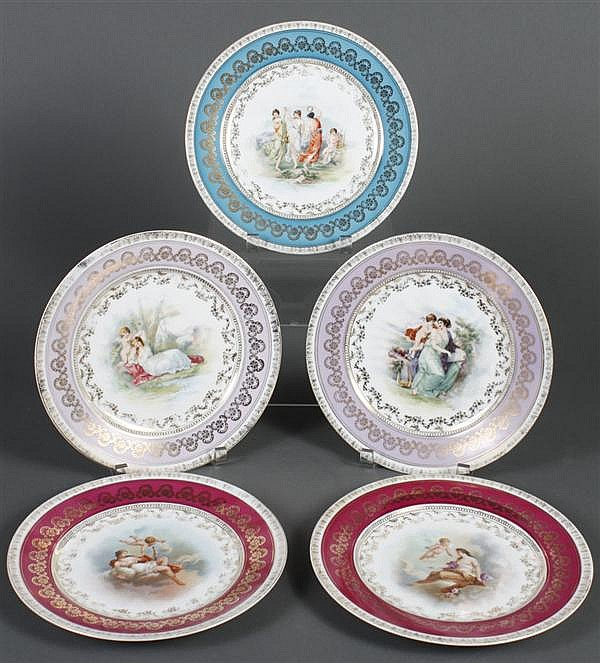 SET OF FIVE ROYAL VIENNA PORCELAIN PLATES - Assorted transfer scenes from Greek and Roman mythology on each plate to include a refer...