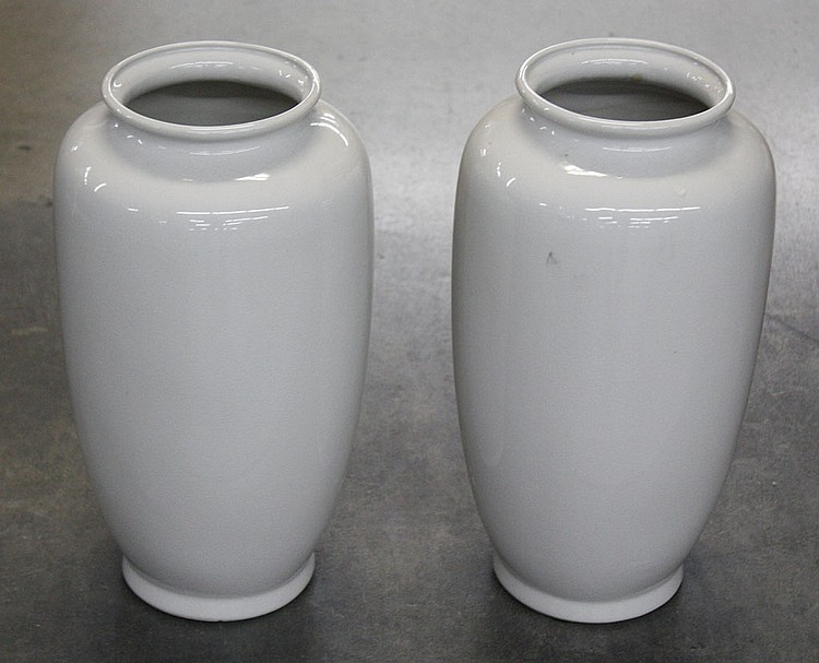 PAIR OF CHINESE PORCELAIN VASES - Pair of straight sided white porcelain vases. Condition good. 14.5