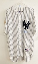 D.JETER AUTOGRAPHED 2001 WORLD SERIES JERSEY