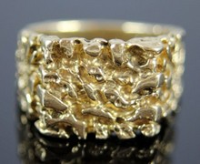 GENT'S 14K YELLOW GOLD NUGGET RING
