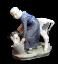 ROYAL COPENHAGEN FIGURE OF WOMAN WITH COW