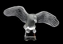 LALIQUE FROSTED CRYSTAL EAGLE SCULPTURE w BOX
