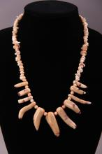 White Coral necklace.  (Size: See last photo for measurement.)