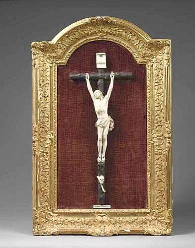 Beau Christ mourant en ivoire sculpté - Attribué à