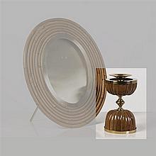 Gabriella Crespi (née en 1922) Bougeoir Bambou et laiton Signé Date de création : 1974 H 25 × Ø 14 cm Un certificat de l'Archivio Ga..