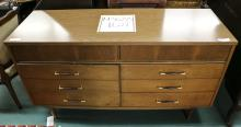 Dresser with 8 draws