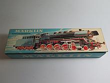 Marklin 3047 Steam loco with tender