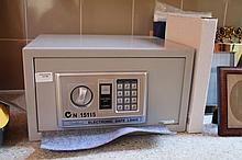 Electronic Sadleford Safe