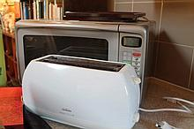 Microwave Oven, Toaster, Juicer Etc