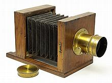 French Wet-Plait camera with Petzval Lens