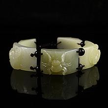 Fine Hand Carved Chinese Natural Hetian Jade Five Insect Bracelet