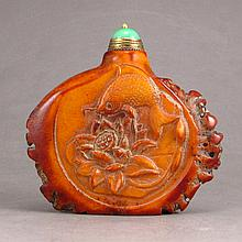 Vintage Natural Deer Horn Snuff Bottle Carved Fish & Lotus
