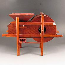 Chinese Natural Hua Li Wood Thresher Model Statue