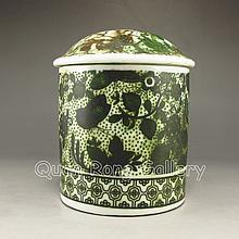 Hand-painted Su Color Porcelain Tea Caddy