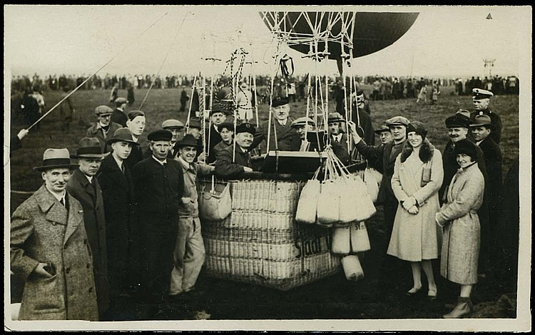 WORLDWIDE 1900-38 BALLOONS & DIRIGIBLES POSTCARDS