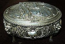 Vintage Jewelry, Trinket Box w/ Hunting Scene