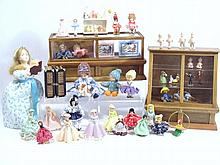 Miniature Artist Dolls