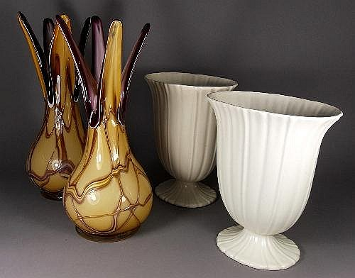 A pair of Darius Zarrin art glass vases, 20th