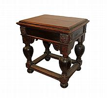 DUTCH AUXILIARY TABLE 17th CENTURY En madera de