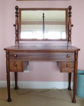 Early 20th C Mahogany Dressing Table