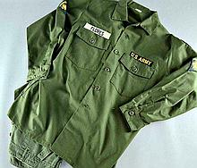 WE WERE SOLIDERS - 2 PIECE MILITARY COSTUME FROM THE FILM WHICH STARRED MEL GIBSON.