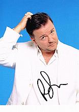 A RICKY GERVAIS SIGNED PHOTO