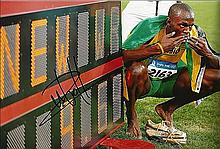 USIAN BOLT SIGNED PHOTO