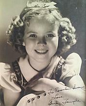SHIRLEY TEMPLE SIGNED VINTAGE PHOTOGRAPH.