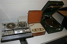 A COLLECTION OF 1930'S-1970'S VINTAGE MUSIC EQUIPMENT.