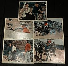 HOSTILE GUNS - LOBBY CARDS.