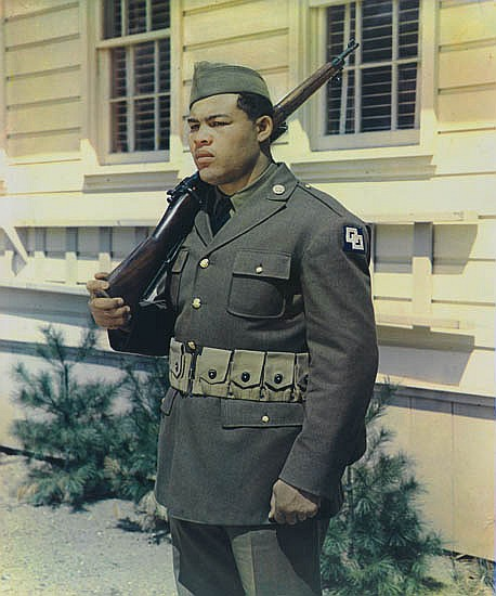 WARNECKE, HARRY (1900-1984) Joe Louis (in uniform).