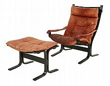 A Norwegian bentwood lounge chair and matching