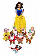 Snow White and the Seven Dwarfs Set of plastic Dolls